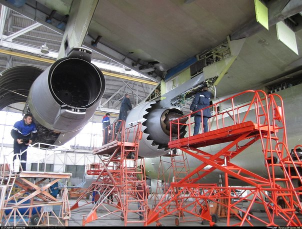 Монтаж ПД-14 на Ил-76ЛЛ